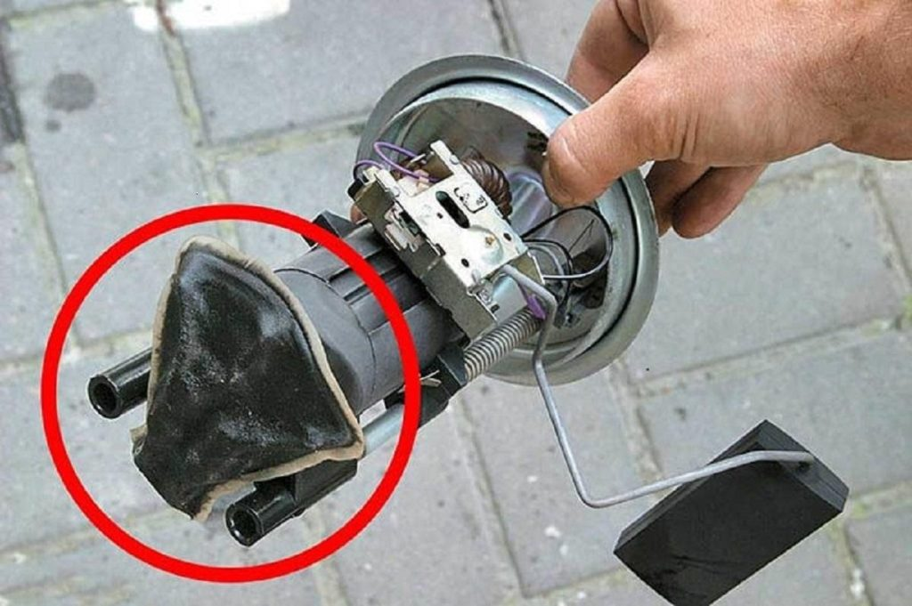 Загрязненный фильтр топлива Калина